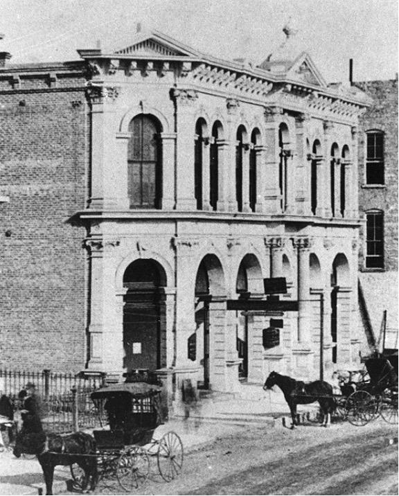 The Hancock Opera House circa 1900, at 112-14 West Sixth Street.