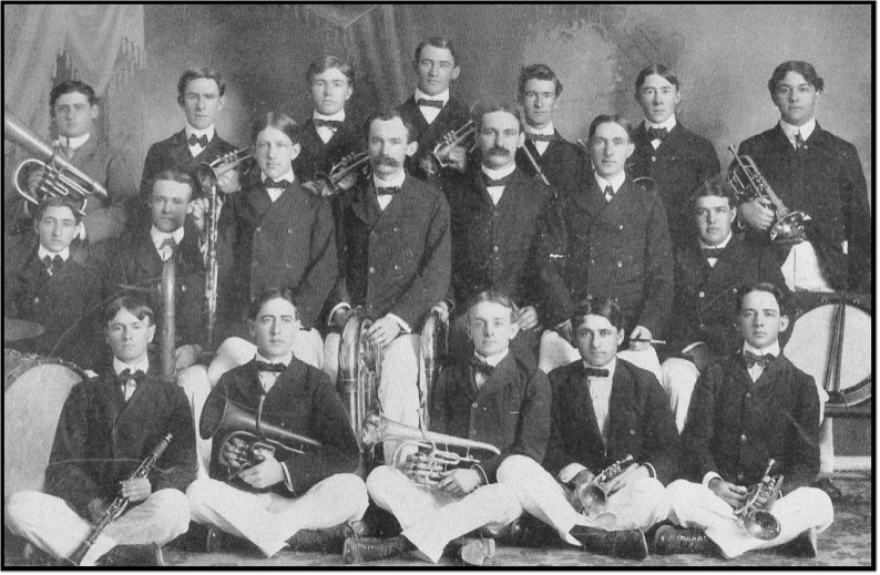 The 16-member University Band in 1902